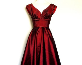 Cranberry Taffeta Prom Dress with Cap Sleeves and Dusky Pink Piping - Made by Dig For Victory