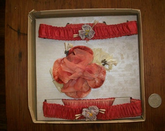 Wonderful pair of  Antique french garters in original 1920s box
