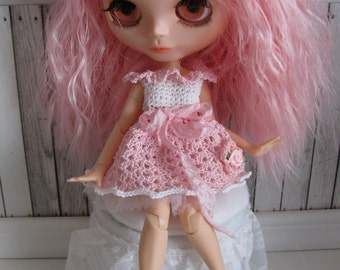 Crocheted dress for Blythe and similar sized dolls or BJD's Doll Clothes