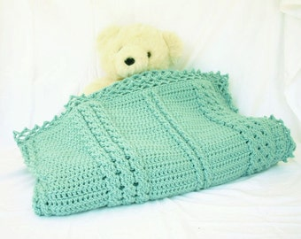 Crochet afghan light green mint cables lap blanket couch throw bedding thick winter covering textured lines lacy border feminine home decor