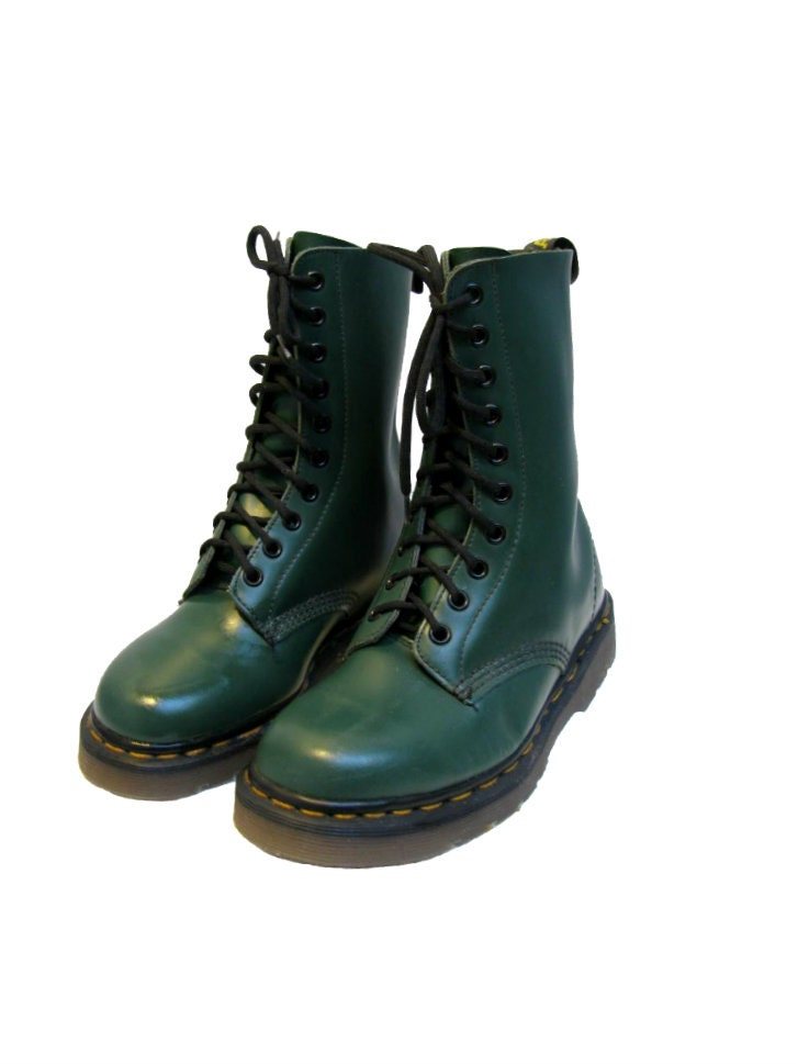 Vintage Dr Martens 10 Eyelet Boots From England by ...