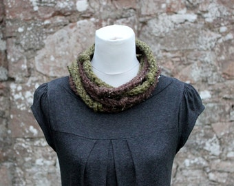 super chunky loop knot necklace in brown and green, SCARF, knitwear UK, gift ideas