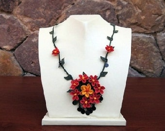 Red Crochet Floral Necklace, Red Flower Necklace,Red Necklace,Statement Necklace, Wedding Necklace,Orange Flower pendant,Crochet Necklace,