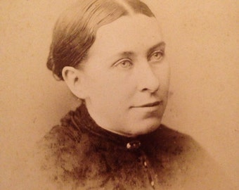Vintage Photograph Cabinet Card of A Lady Turn of the Century