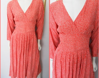 Vtg.80s Crossover Red White Dotted Batwing Sleeve Rayon Dress.S/M.Bust up to 38.Waist 28-31.