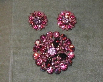 circa1950 Vintage PINK Rhinestone Brooch & Earrings Set