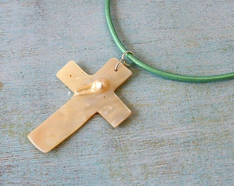 Leather Surfer Necklace Choker with Blister Shell Cross Beach Jewelry Vacation