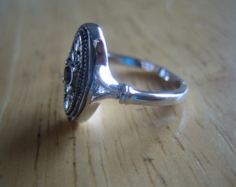 Ring,  costume jewelry, steampunk, vintage, silver jewelry