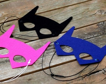 Premium Superhero BAT MASK - Choose from 3 colors - Perfect super hero party gift or boy birthday present - Kid Costume Mask