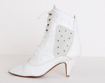 Vintage 90s White Leather Ankle Boots / High Heel Boots, 9 40