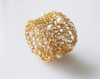 Pearl Ring, Bridesmaid Ring,  Goldfilled Ring, Wire Crochet Jewelry, Wide Band Ring, Fresh Water Pearl Ring