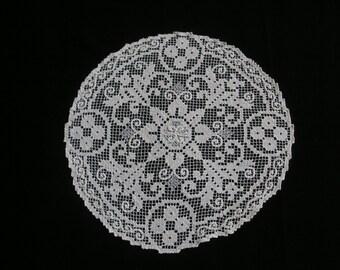 Beautiful Lost Art Handmade  Lace Doily