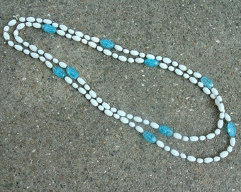 Bohemian Czech FLAPPER NECKLACE 54 inch glass bead 1930s 1940s blue & white beaded necklace