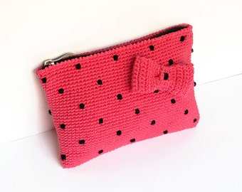 Pink clutch with polka dots - pinup style