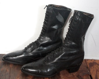 SALE Antique Victorian Boots // Victorian 1900s Black Leather Boots // La Belle Epoque