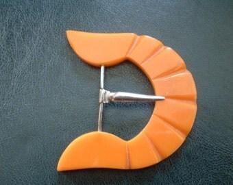 Vintage Origianl ART DECO Buttersctoch Bakelite Heavy Carved Chrome Belt Buckle Single Prong Design