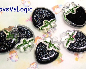 5 Puff Glitter Gothic Strawberry Lucite Charms. Glitter Black Abstract Tone