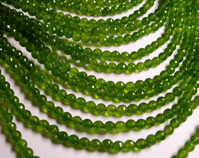 Jade - 6 mm faceted round beads -1 full strand - 68 beads - color  green Jade - NRG185