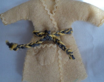Dolls House 1/12th Dressing Gown