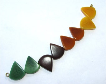 Eight Mixed Color Tagua Nut Beads, Triangle Beads, 15mm Beads, Vegetable Ivory Beads, Natural Beads, Organic Beads, EcoBeads