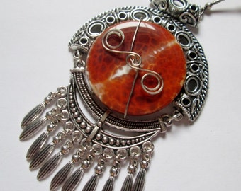 Asian Style Fire Agate and Carnelian Pendant Necklace