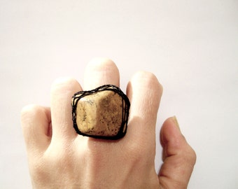 Picture Jasper Natural Gemstone Ring with Black Thread Filigree Frame