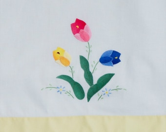 Vintage Hand Towels, Two, Finely Appliques Flowers and Leaves in Blanket Stitch, Embroidered Accents, Yellow Trim on Bottom, 14 by 21 Inches