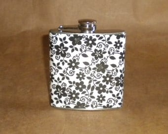 Black and White Flowers Print 6 ounce Stainless Steel Girly Gift Flask KR2D 7152