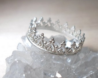 Crown ring, Princess ring, Sterling Silver stacking rings, Crown stacking rings, Tiara Ring, Bridesmaid gifts, midi ring, silver ring, boho
