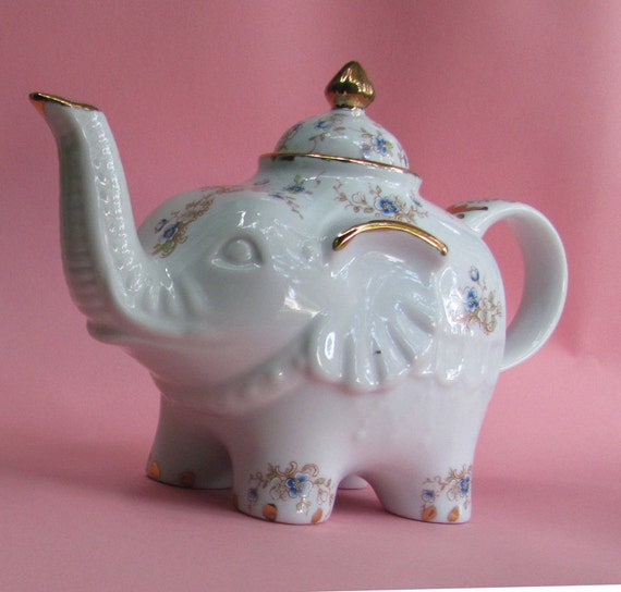 Shabby chic elephant teapot with blue colored blossoms and real 22kt gold