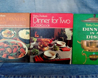 Set of 3 Betty Crocker Vintage Spiral Bound Cookbooks, Family Dinners in a Hurry 1st Edition, Dinner in a Dish, Dinner for Two   CBB319