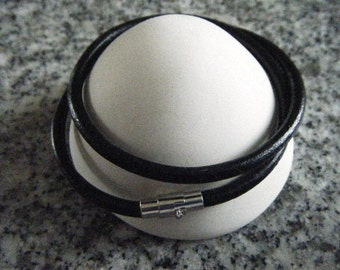 4mm thick black Leather necklace with a Brass Magnetic Clasps, Platinum Color.