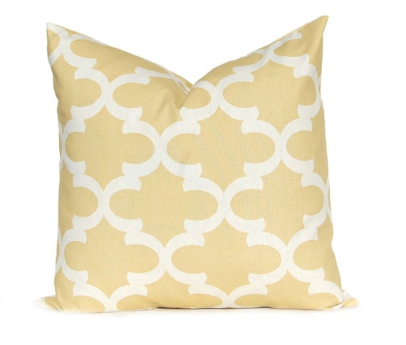 Decorative Pillows White And Gold : White And Gold: White And Gold Decorative Pillows