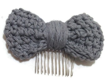 Crochet Bow Hair Comb in Charcoal Grey