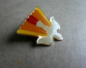 Vintage Brooch Lapel Pin Enamel Jewelry Dove of Peace 70s 80s