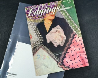 HANKIE EDGING PATTERNS, with White Irish Linen Hankie, Coats Clark 1951 No. 271, Crochet Hairpin, Handerkerchief 30 Edgings Great Condition