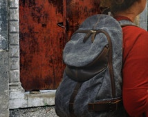 Italian  stonewashed canvas -leather backpack, Nota in dark blue jean color