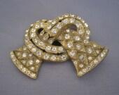 Vintage Gold Tone Rhinestone Knot Little Nemo Brooch
