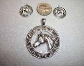 silver horse pendant and charm set