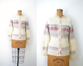 Vintage Icelandic Wool Sweater / 1970s Fair Isle Cardigan