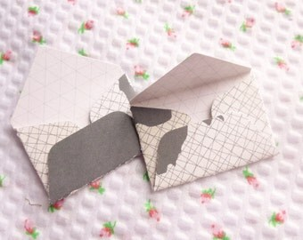 8 Tiny Envelopes, Map and Grid, Mini, Tiny, Small, Love Note, Thank You Note, Scrapbooking, Travel, Journey, Pocket Letters, Embellishment