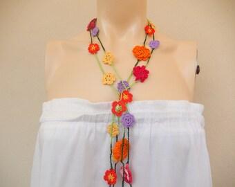 Daisies Crochet Scarf-Lariat Scarf-Flower Necklace Scarf-Handmade Loop Scarf -Crochet Infinity Scarf