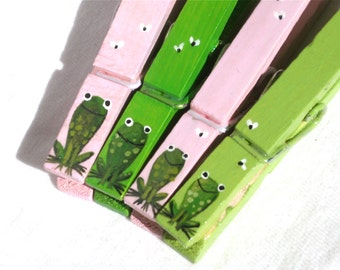 FROG CLOTHESPINS hand painted magnets pink and green