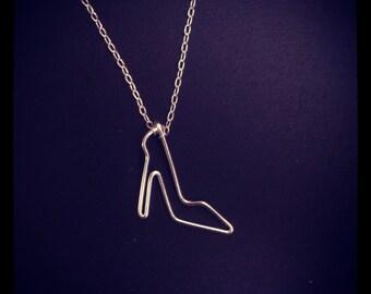 Heel necklace