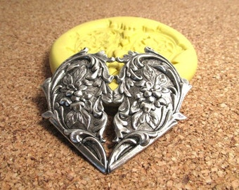 Victorian Heart with Flowers (large) - Flexible Silicone Mold - Push Mold, Jewelry Mold, Polymer Clay Mold, Resin Mold, Craft Mold, PMC Mold