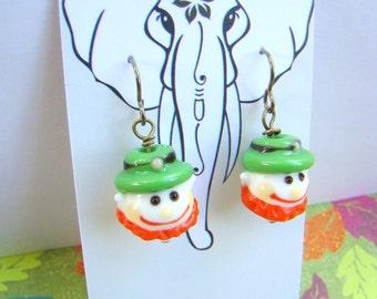 Leprechaun Beaded Earrings for St Patricks Day, Lucky Irish Jewelry, Lampwork Glass Leprechaun Bead Earrings - HO0012