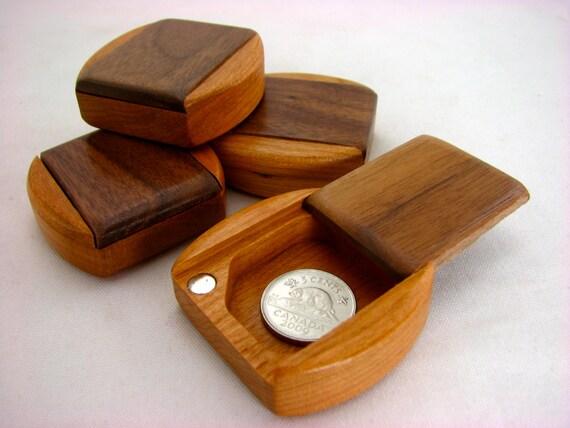 guitar pick box solid walnut top solid cherry bottom wooden pill box mini box paul szewc. Black Bedroom Furniture Sets. Home Design Ideas