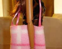 Fleece tote bag purse in pink plaid for Fashion Dolls - bap5