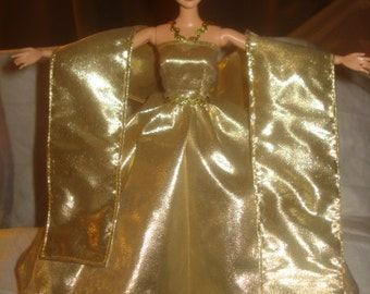 Red Carpet Collection - Amazing gold Lame formal dress,shall & petticoat for Fashion Dolls - ed493
