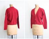 vintage 50s . 1960s ladies cardigan sweater - shetland wool / Bordeaux - burgundy / 1950s . 60s mid crntury prep